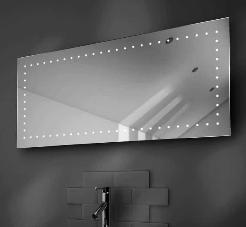 125 cm badkamerspiegel met witte verlichting en handige spiegelverwarming