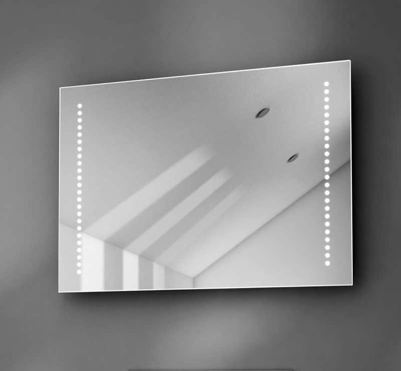 70 cm LED spiegel met verwarming en design verlichting
