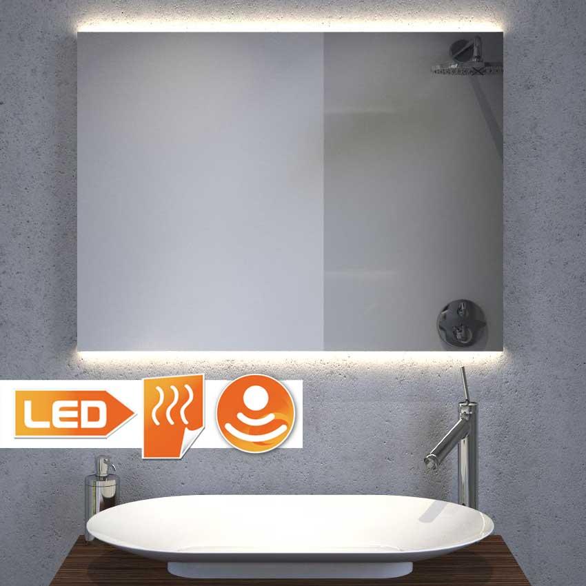 Mooie badkamer spiegel met ambilight naar boven en beneden, zeer fraai.