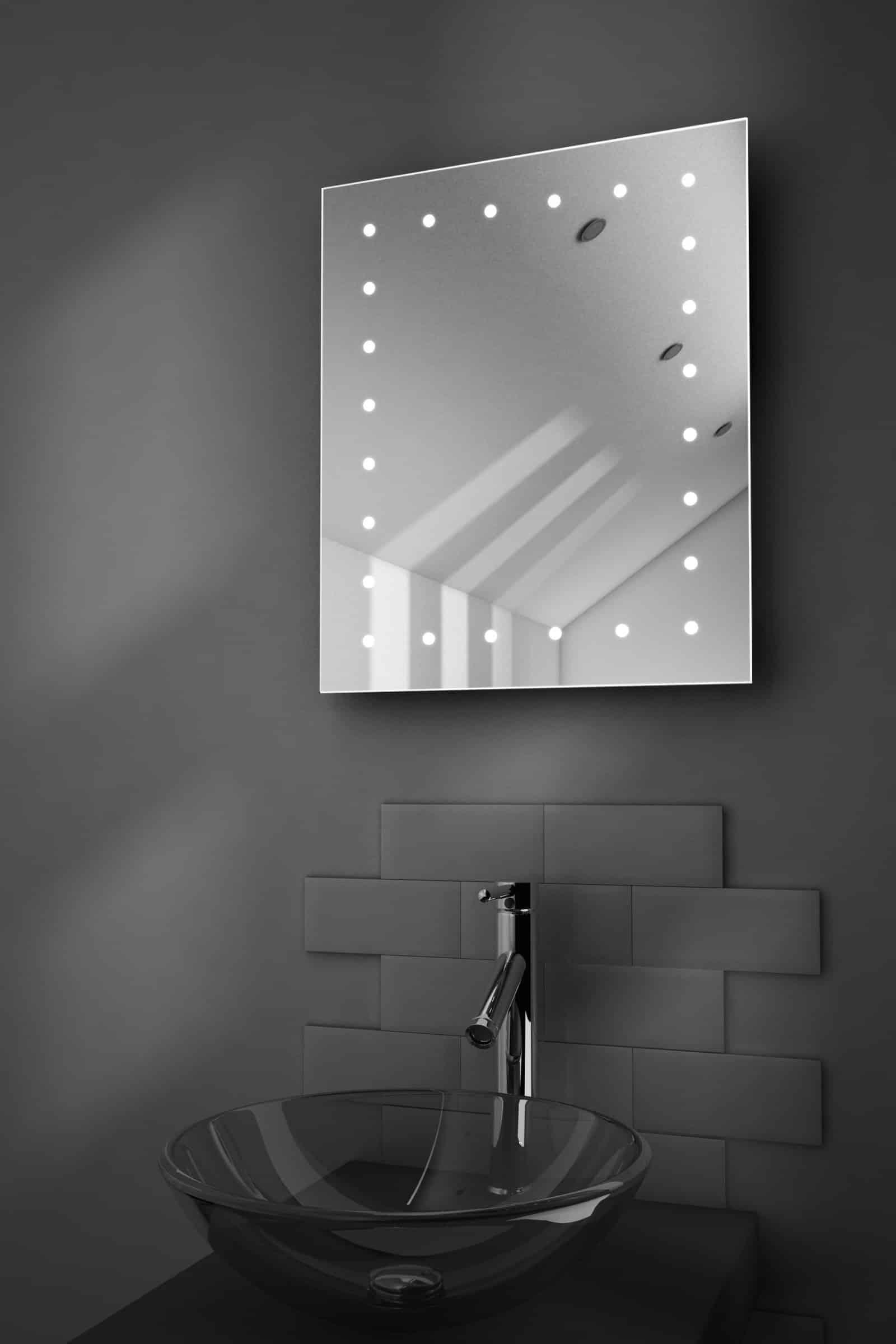 Badkamer Spiegels Met Verlichting: Met verlichting spiegels led ...