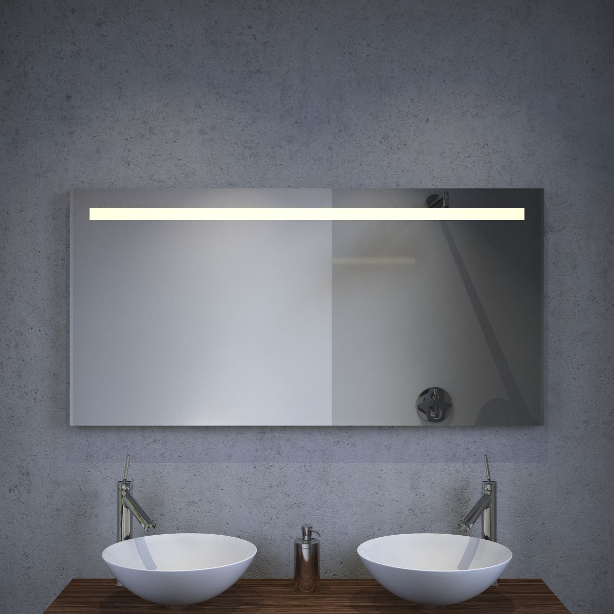 Badkamer LED spiegel met stopcontact verwarming en sensordimmer 120 ...