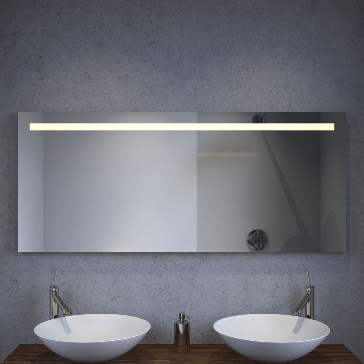 Led badkamer spiegel met stopcontact verwarming en for Spiegel badkamer verlichting