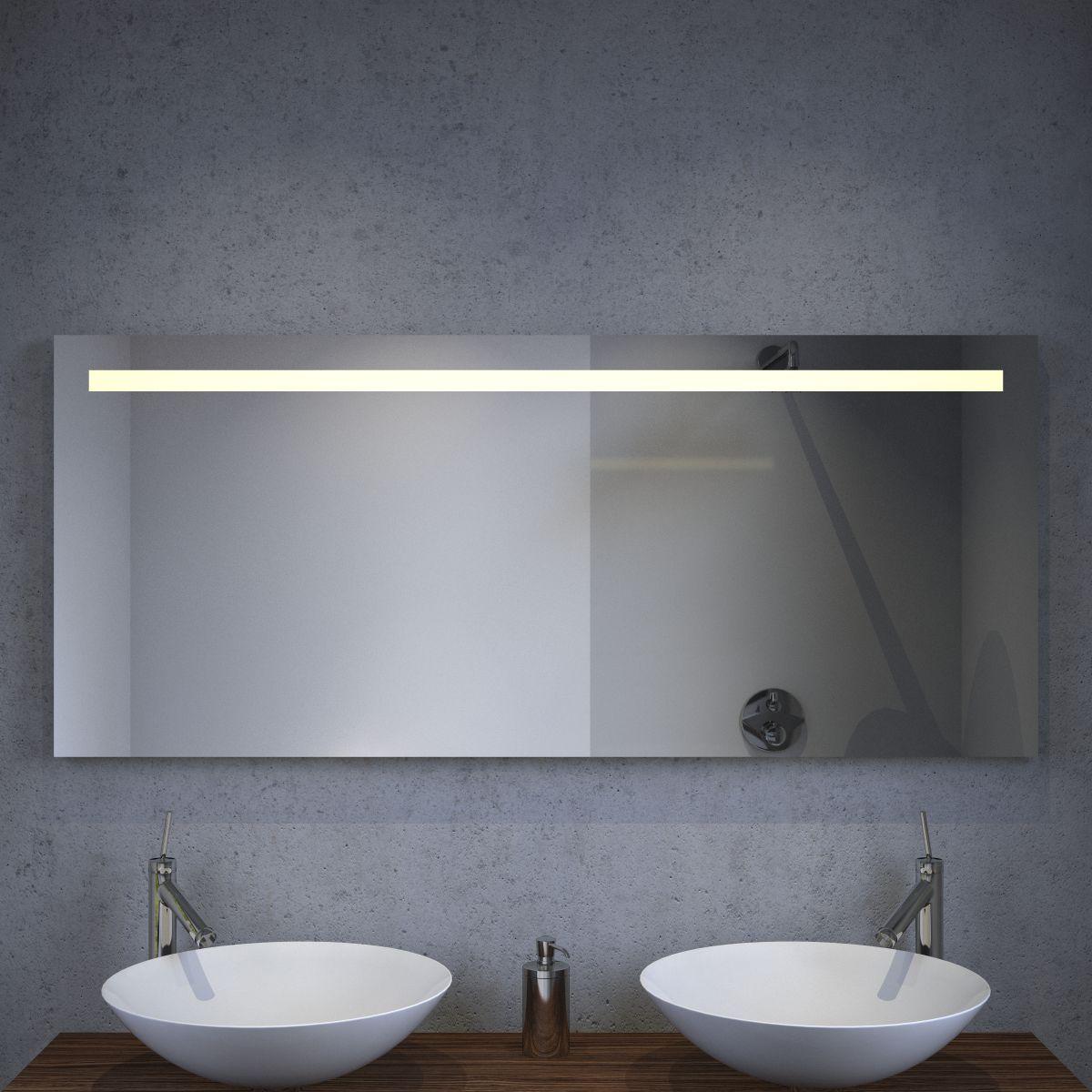 led badkamer spiegel met stopcontact verwarming en sensordimmer 140x60 cm designspiegels. Black Bedroom Furniture Sets. Home Design Ideas