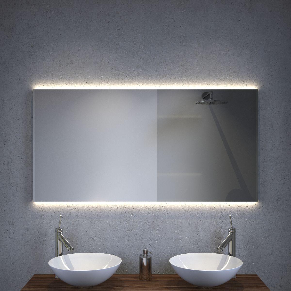 design badkamer spiegel met strijklicht en spiegelverwarming 120x60 cm designspiegels. Black Bedroom Furniture Sets. Home Design Ideas