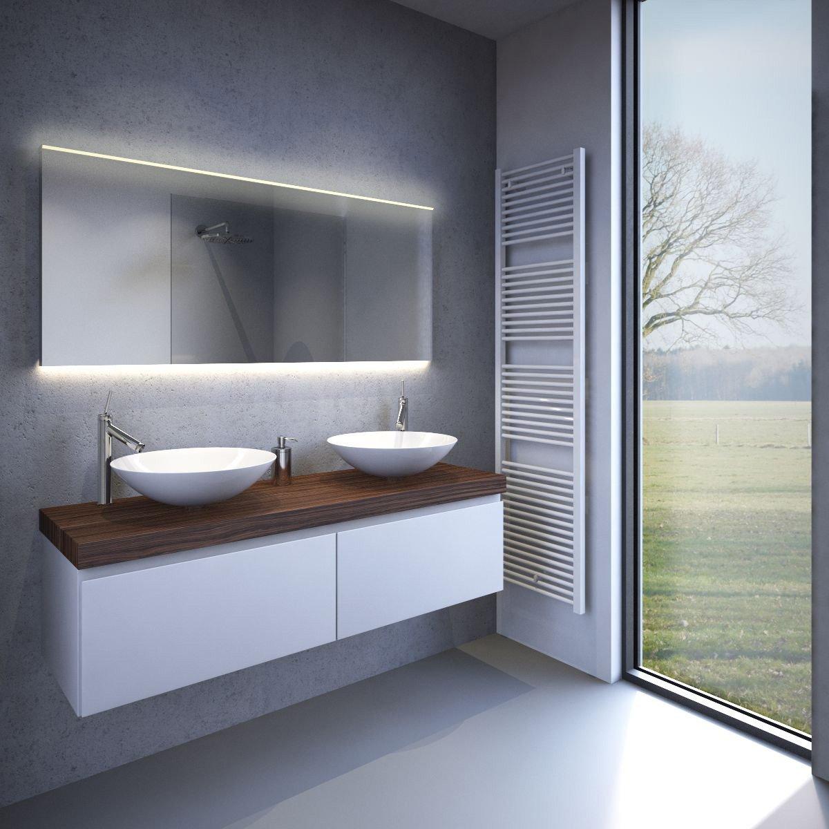 moderne 160 cm brede badkamer spiegel met praktische verlichting bovenin wastafelverlichting en. Black Bedroom Furniture Sets. Home Design Ideas