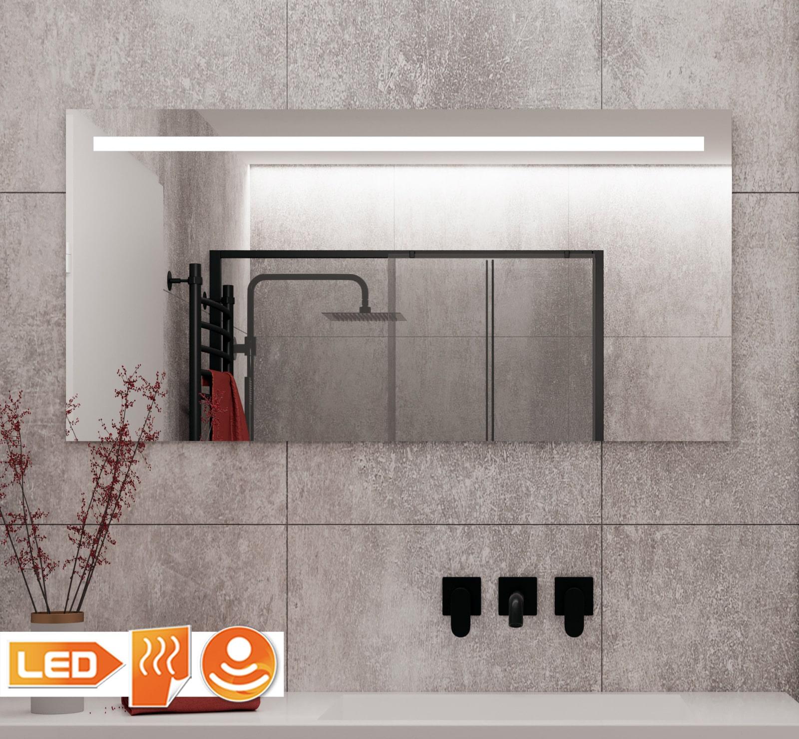 Grote badkamer spiegel met led verlichting