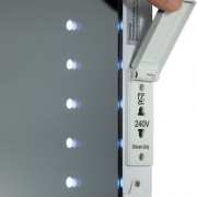Door dit optionele scheerstopcontact wordt de diepte van de spiegel 45 mm ipv 30 mm