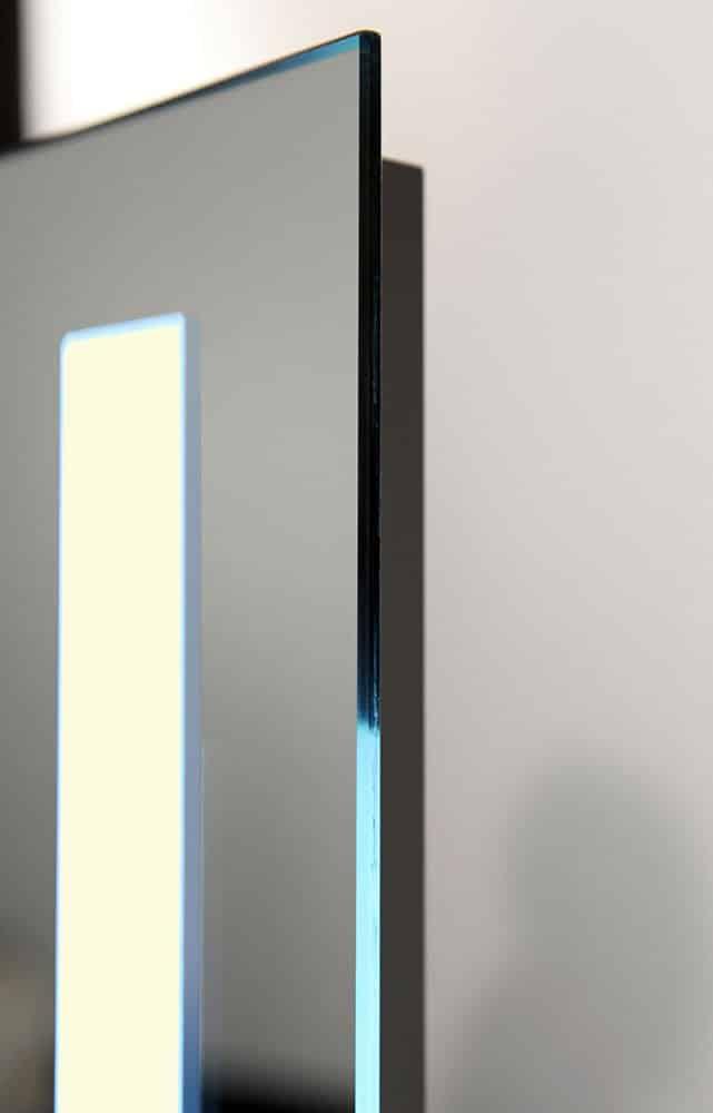Luxe badkamer led lichtspiegel met verwarming en sensor for Spiegel 80x60