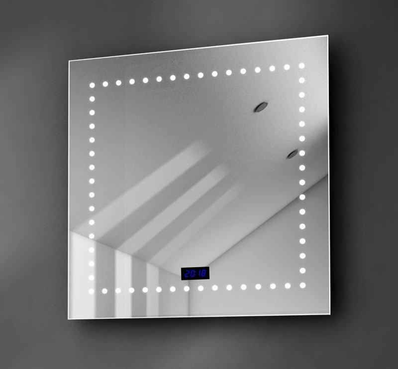Vierkanten spiegel met klok en verlichting