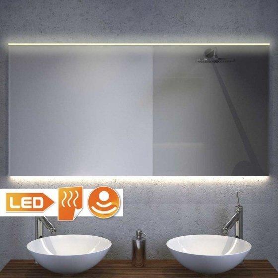 120 cm brede badkamerspiegel met directe verlichting bovenin en strijklicht naar onderen