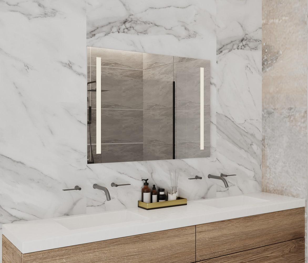 Deze spiegel is 80 cm breed, 60 cm hoog en slechts 3 cm diep