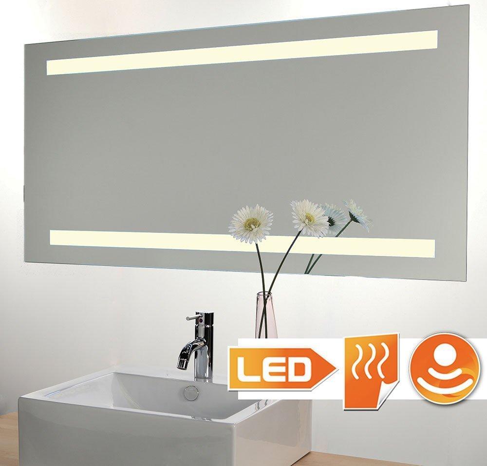 Badkamerspiegel met hoge lichtopbrengsten voorzien van spiegelverwarming en sensor schakelaar met ingebouwde dimfunctie