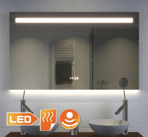 Degelijke badkamerspiegel met vele opties en fraaie sfeerverlichting aan de onderzijde