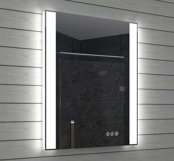 Fraaie design spiegel met praktische directe en sfeervolle indirecte verlichting links en rechts