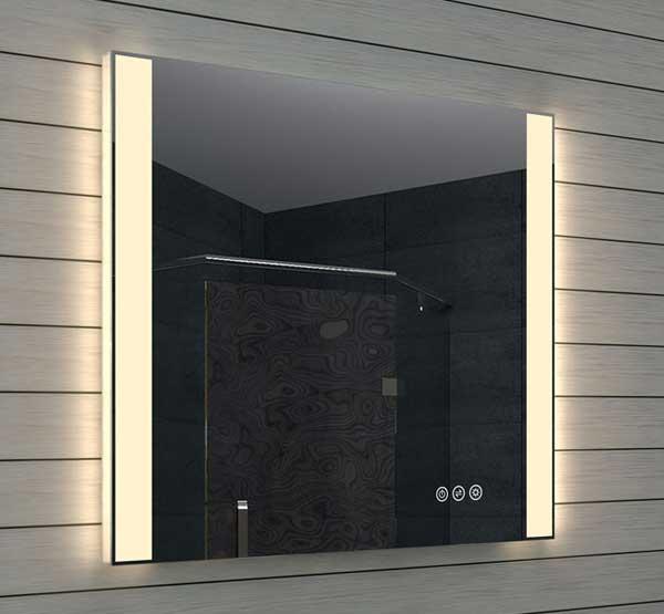 Stijlvolle badkamerspiegel met dimbaar licht en kleurenwissel