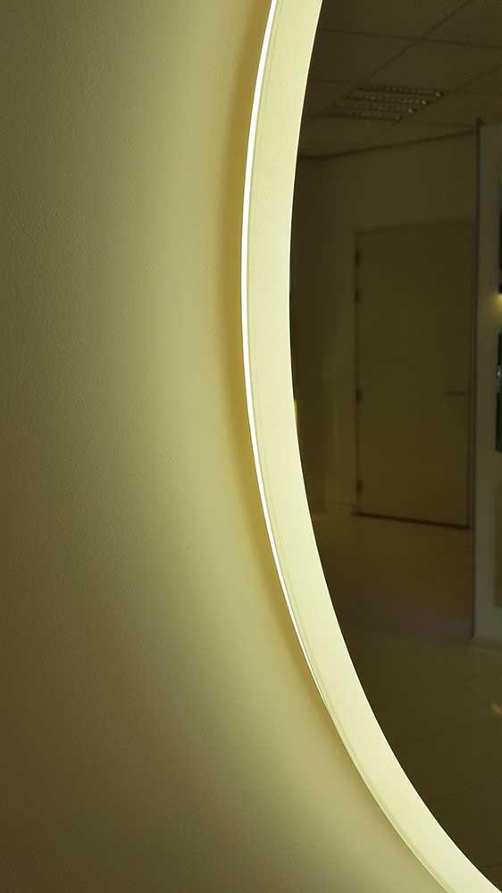 Geliefde Ronde badkamerspiegel met rondom direct en indirect licht en IG94