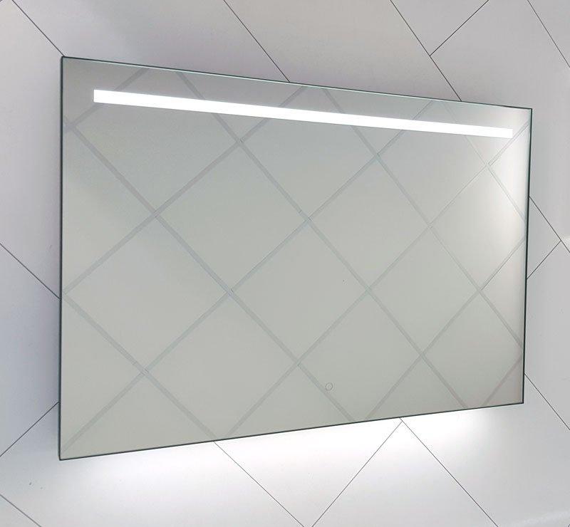 Spiegelkast Met Verlichting Badkamer.Stoere Badkamer Spiegel Met Fraai Mat Zwart Frame Verlichting En