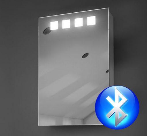 Badkamer spiegelkastje met muziek verlichting en spiegelverwarming