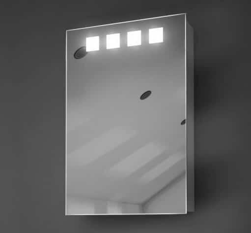 Smalle aluminium badkamer spiegelkast uitgevoerd met verlichting en spiegelverwarming