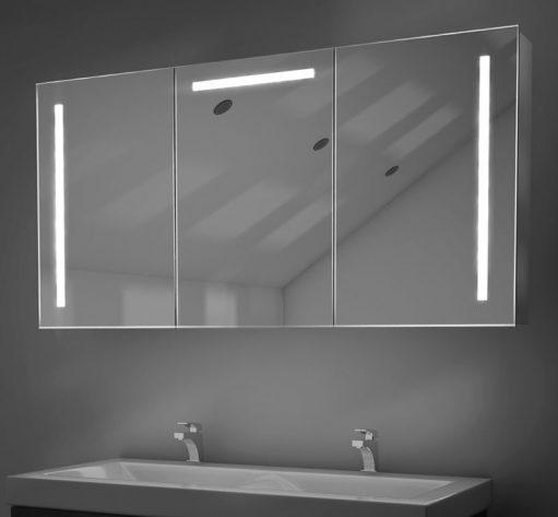 Fraaie aluminium badkamer spiegelkast, uitgevoerd met fijne softclose scharnieren