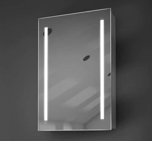 Degelijk aluminium spiegelkastje, uitgevoerd met goede verlichting en handige spiegelverwarming